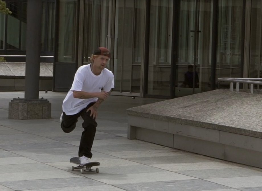Justin Sommer x Reflex Loose Chino clip