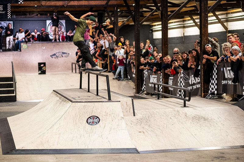 Vans-Shop-Riot-2019-Netherlands-Burnside-Lars-de-Weerd-fs-feeble2